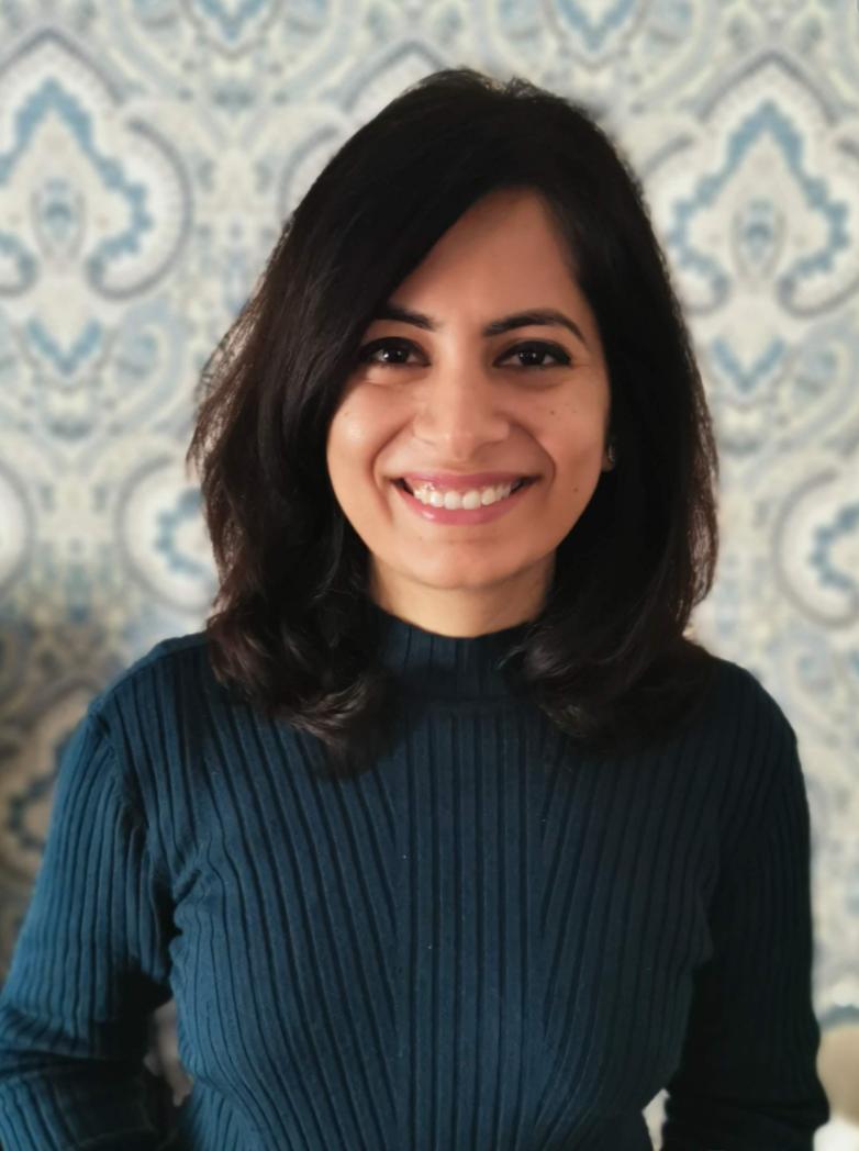 Dr Surbhi Wadhwani - dentist